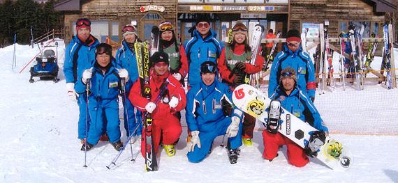 スキー・スノボー学校